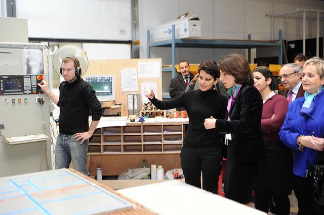 Najat Vallaud-Belkacem visite l'entreprise Catherineau en Aquitaine