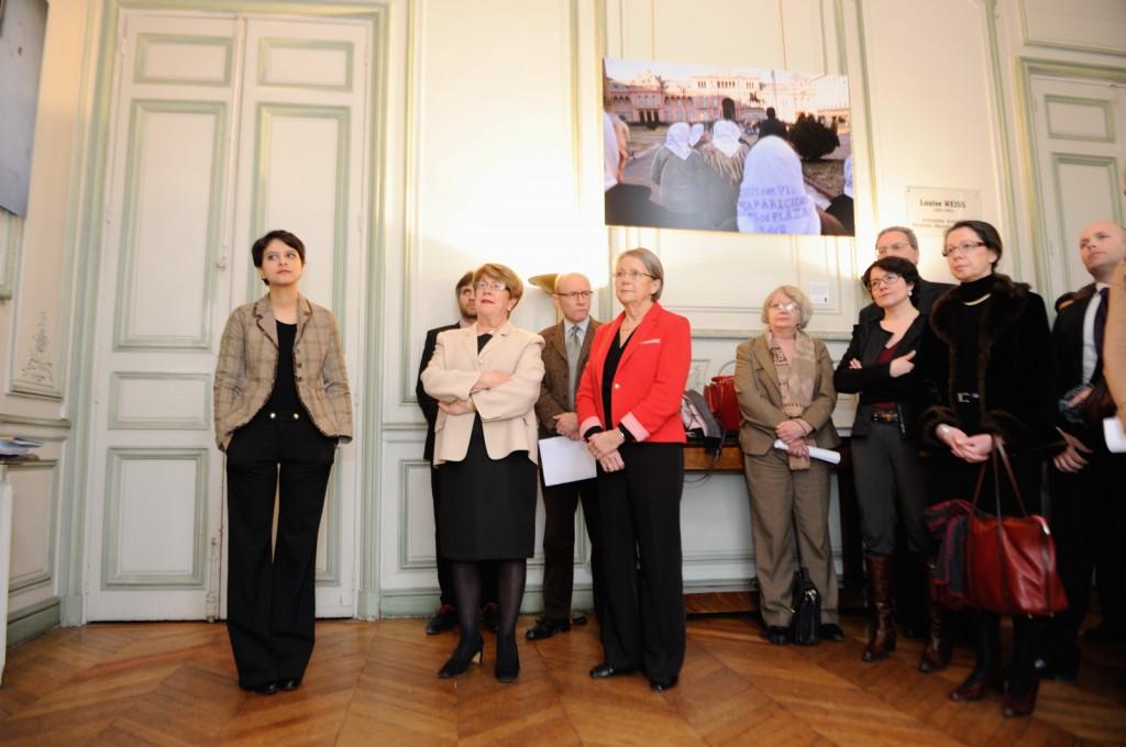 Remise du rapport Grésy au ministère des Droits des femmes - Photo © Razak