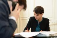 Najat Vallaud-Belkacem encourage la féminisation des directions d'entreprises