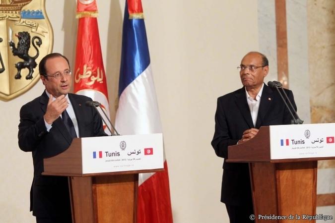 François Hollande en visite officielle à Tunis