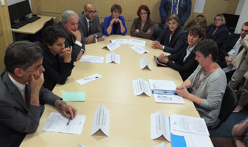 2014-07-10 Najat Vallaud-Belkacem dans l'Eure pour la Garantie Jeunes