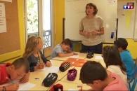 Les élèves de CE2 évalués en français / maths pour adapter les cours à leurs besoins – Reportage TF1