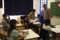 Livret scolaire plus simple et brevet plus complet : le reportage de France 2