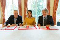 Le ministère de l'Éducation nationale, Unowhy et Atos signent une convention de partenariat en faveur du numérique éducatif et de la réussite des élèves